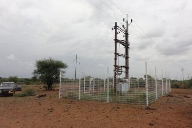 Die Umspannstation in Ngulu von AKO gebaut mit Spendenmaterial der Bayernwerke