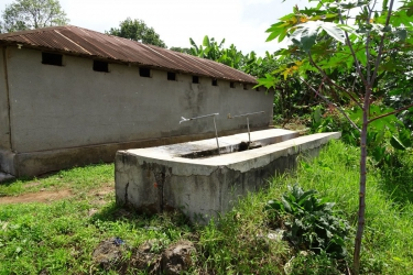 Der gemeinsame Waschplatz für 5 Familien