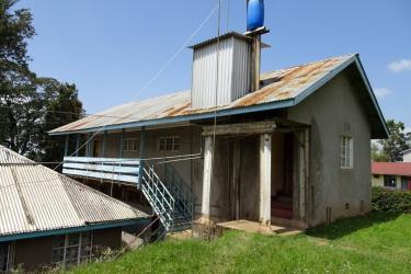 Die ersten zwei Altgebäude wurden Von AKO saniert